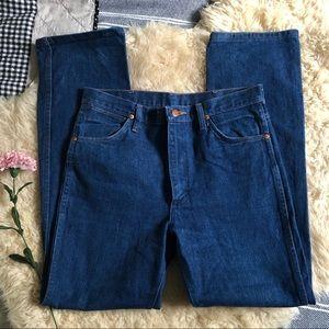 Vintage Wrangler jeans in bright blue
